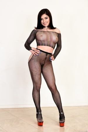 Dark haired beauty Keira Croft bare her hot ass prior to anal fucking