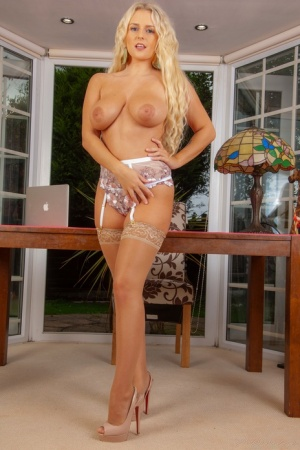 First timer with long blonde hair Lycia Lawrence flaunts her nice tits and ass 46463340