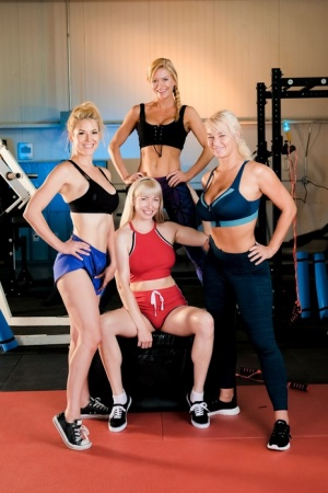 Four athletic blondes expose their breasts while at the gym 63105443