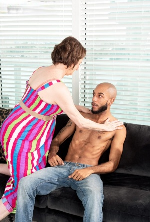 Horny granny Renee Kane seduces a younger black man before sucking his dick 21938184