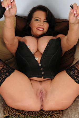 Hot mature Angelica Sin in sexy lingerie exposes her massive big juggs 12216719