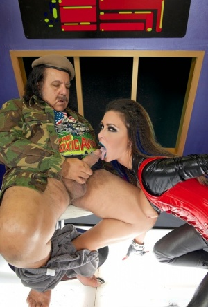 Brunette chick Jessica Jaymes sucks on a fat cock in fetish attire 61438740