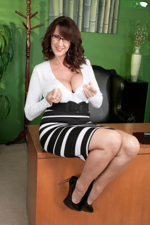 Nerdy mature secretary with juicy knockers Cassie Cougar fucks her young boss