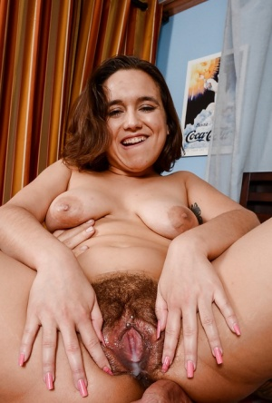 Hairy slut Viola Starr shows her nice piercing and gets jizzed