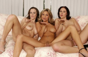 Big-tittied lesbians Amy Gianna Michaels and Sarah do awesome show