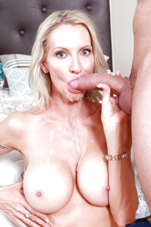 Stunning mature blonde Emma loves 69 blowjob giving and eating cum