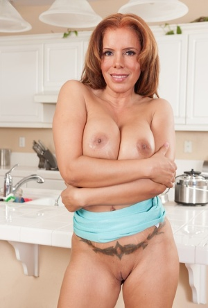 Latina Milf Nicky Ferrari is showing her superb body in close up