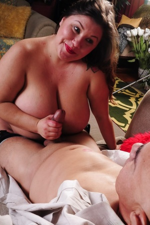 Brunette fatty Zoey has her mature big tits teased and dose blowjob