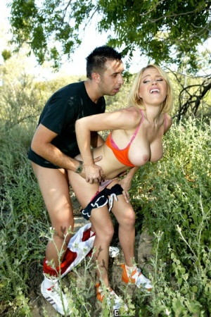 Sporty blonde with round boobs Krissy Lynn gives a titjob and fucks