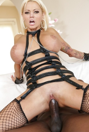 European beauty Nikita Von James fucks with giant black pipe