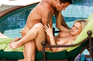Tattooed dude is fucking face if outstanding blonde Bree Olson
