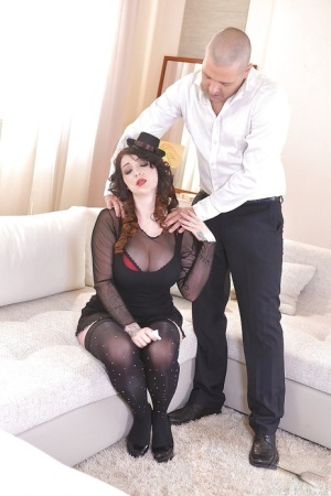 Busty brunette Harmony Reigns gives titjob and blowjob for cum on tits