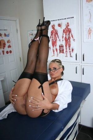 Cute doctor Phoenix Marie strips in office and gets naughty