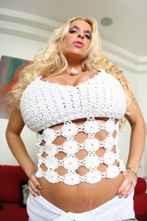 Gorgeous MILF Holly Halston exposing round tits and spreading flaps