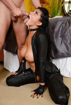 Brunette fetish babe Romi Rain taking DP from big dicks while hubby watches