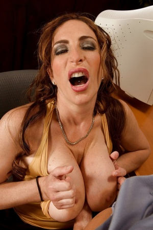 Busty MILF Savannah Jane tit fucking and deepthroating cock for cumshot