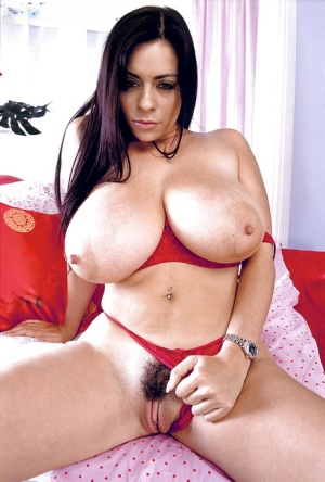 Latina solo girl Linsey Dawn McKenzie unveils large MILF tits and tattoos
