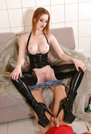 Redheaded Domme Zara DuRose jerking off small cock after CBT treatment