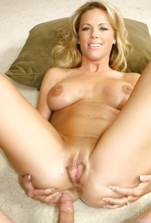 Photo Pussy Shaved Milf