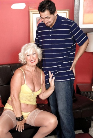 Platinum blond granny Jeannie Lou giving big dick oral sex for mouthful of cum
