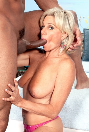 Over 40 lady Payton Hall shows off her affinity for sucking big black cocks