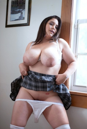 Fat schoolgirl Chloe Rose uncorks her knockers as she takes off her uniform