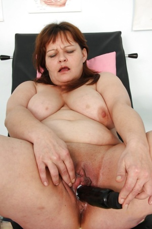 Mature BBW at the gyno gets the exam of her life with her pussy spread
