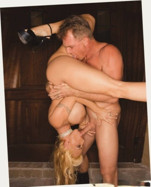 Hot MILF with huge jugs Holly Halston gives a blowjob and gets pounded