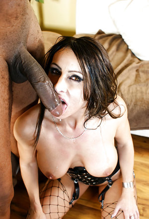 Bootylicious MILF Raven Black sucks and fucks a huge black cock