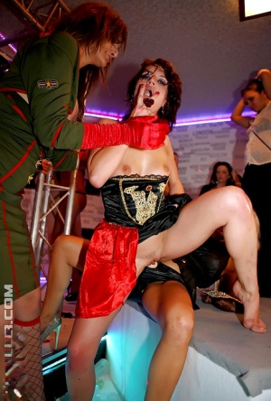 Sexy gal Ferrera Gomez spends some good time at the sex party